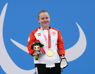 Danielle Dorris is now a Paralympic champion after winning gold in world record time in the women's 50m butterfly S7. PHOTO: Scott Grant/Canadian Paralympic Committee (CNW Group/Canadian Paralympic Committee (Sponsorships))